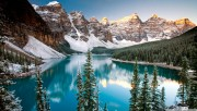 canada-winter-moraine-lak…